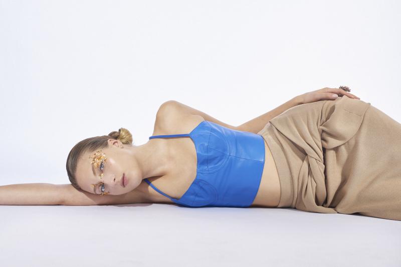 photography: Katharina Werle   styling: Ioanna Auschra   model: Emma Groeper c/o Tigers mgmt