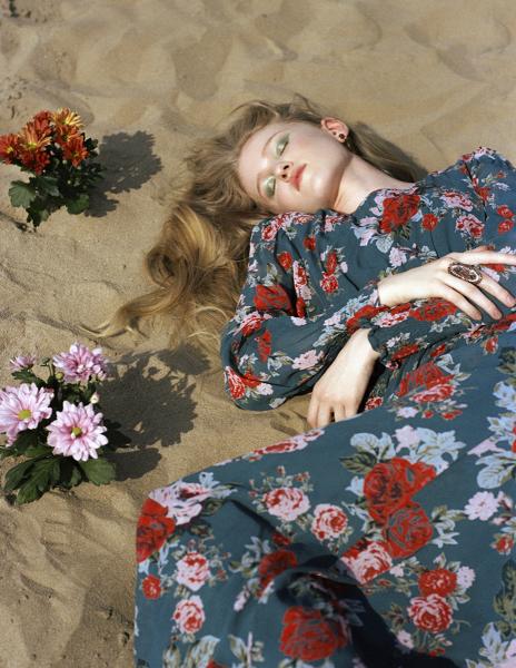 photography: Jessica Grossmann |styling: Mimi Roncevic c/o Blossom management |model: Stella c/o Tfm Berlin |usage: The Kunst Magazine