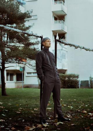 photography: Christoph Klutsch  styling: Ariane Lindhorst  model: Lenny Müller   usage: GQ Portugal