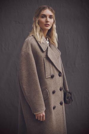 photography: Joerg Strehlau | hair & make-up: Simone Kostian |model: Eva Staudinger | usage: Ajouré magazine
