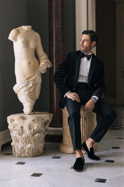 photography: Vangelis Beltzenitis | hair & make-up: Michalis Tsotras | model: Pedro Soltz