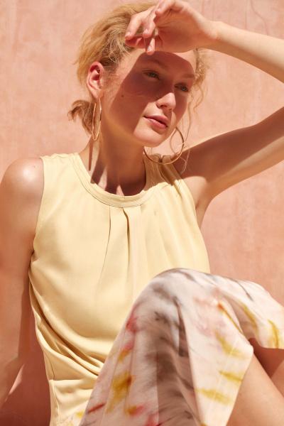 photography: Marco Trunz | model: Sandra Martens | client: LANIUS