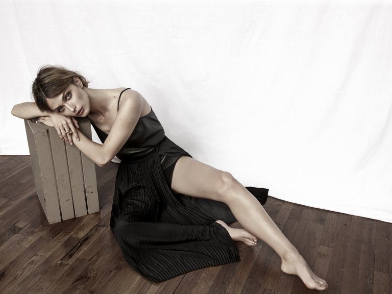 photography: Becky Siegel | model: Victoria Plum | usage: Imagista Magazine