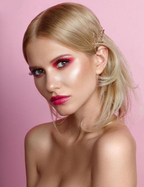 photography: Marina Schneider-Moog | make-up: Christine Eleven |hair: Rima Sium
