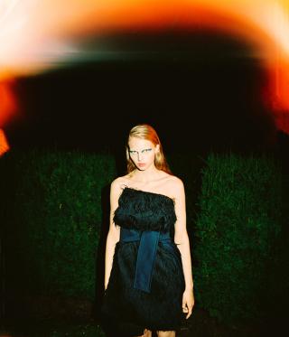 photography: Felix Bernason | model: Karolina c/o Kult models
