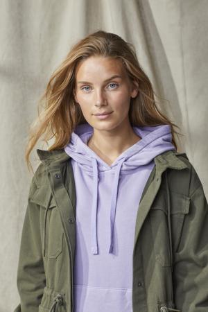 photography: Julia Haack   styling: Yannic Joel Hohaus  client: Esprit